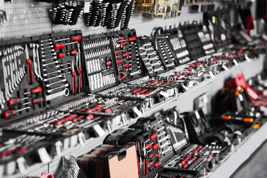 logistique-multi-metiers-bricolage-tcp